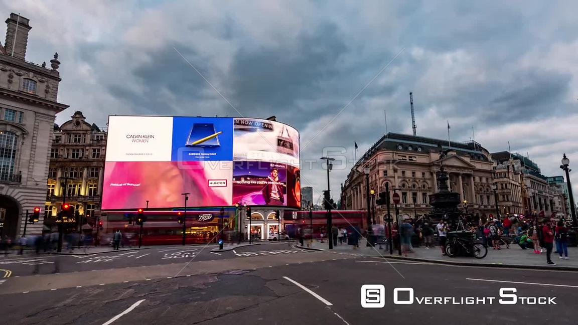 Time lapse view of Piccadilly Circus in London at sunset