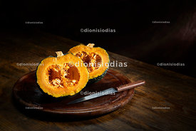 PUMPKIN KABOCHA SLICED