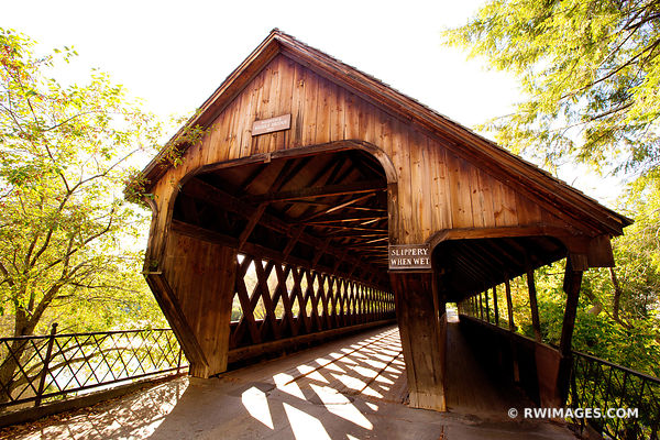 WOODSTOCK MIDDLE BRIDGE VERMONT COVERED BRIDGE COLOR FALL