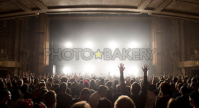 20120928-orbital.crowd-001