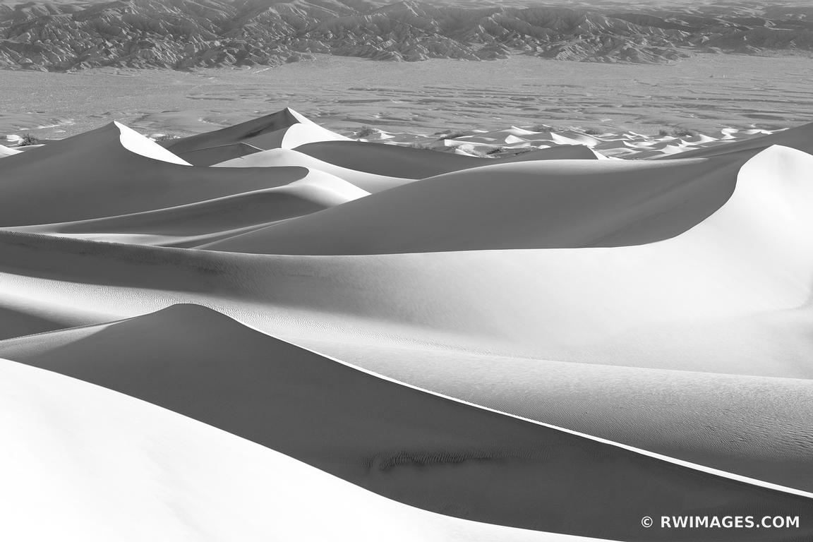 MESQUITE FLAT SAND DUNES DEATH VALLEY BLACK AND WHITE